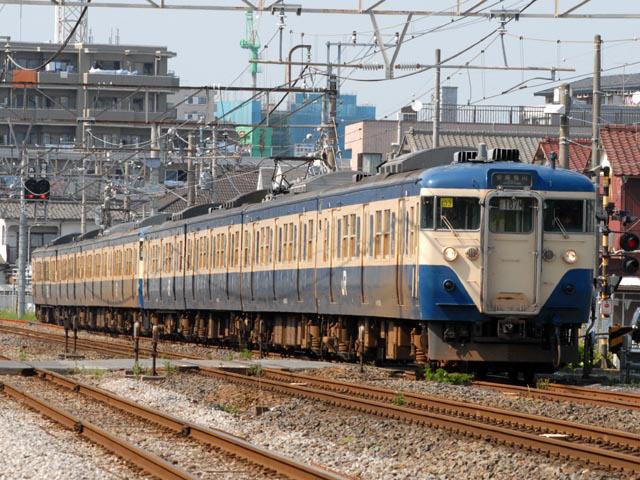 http://bosoview.sakura.ne.jp/jr/113/makuhari/20060521_113_m103_1b.jpg
