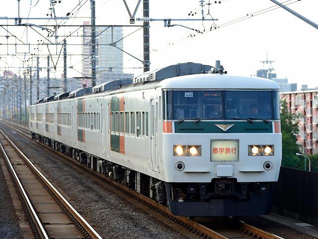 http://bosoview.sakura.ne.jp/jr/keiyo/185/20150607_9774m_185_om03_sp14b.jpg