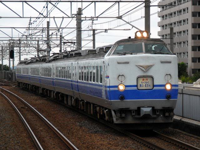 京葉線を走る485系